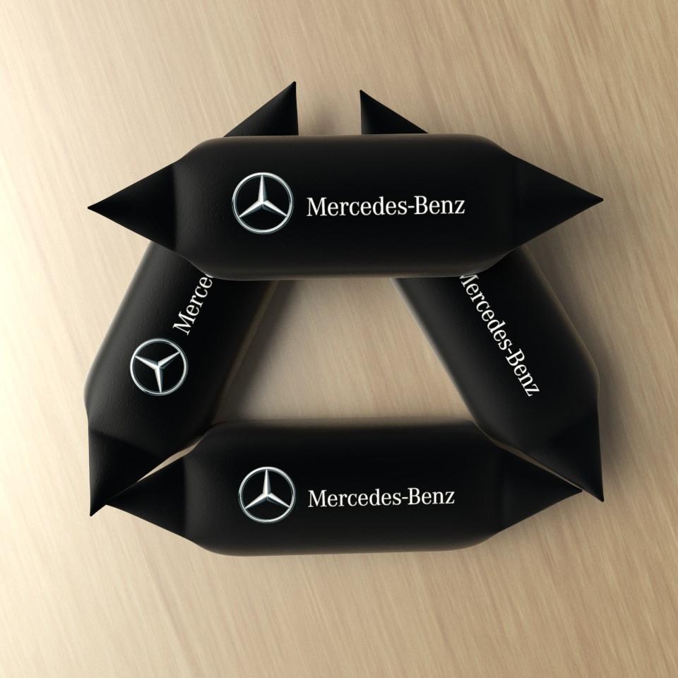 Krówki z logo Mercedes-Benz
